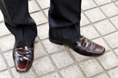 足のにおいを防ぐ4つの対策とは?
