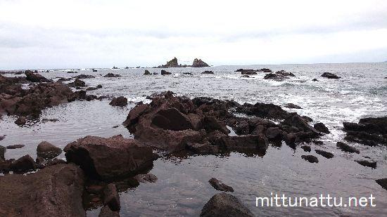 石と岩の違いって?主な2つの見分け方をご紹介!