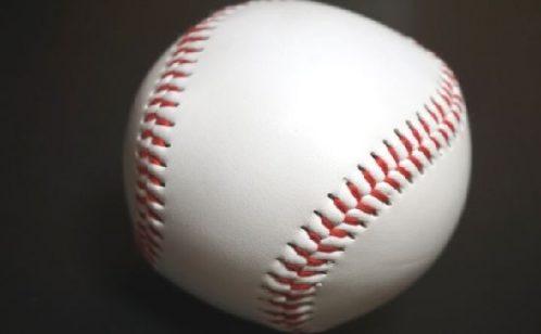 プロ野球のボールって交換しすぎ!?数や目安・再利用を徹底解説!